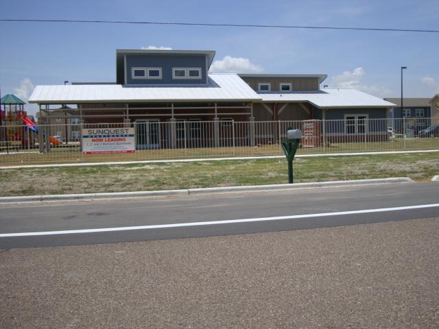 Sunquest Apartments (4)